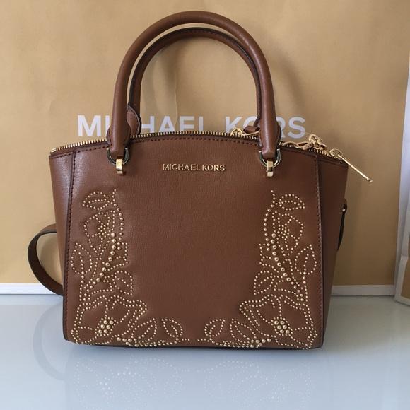 5baf8f9498 Michael Kors Bags   Moving Sale Ellis Leather Satchel   Poshmark